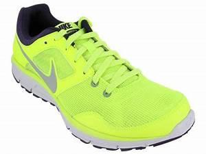 Nike Men s NIKE LUNARFLY 4 RUNNING SHOES 8 5 Men US VLT