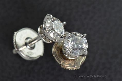 beautiful cartier diamond stud platinum earrings  ctw