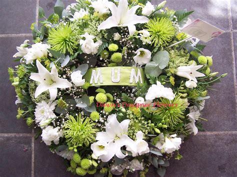 Sympathy Broken Wheel Wreath Wreaths Funeral And Funeral