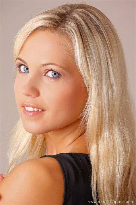 Jenni czech was born on august 17, 1983 in prague, czechoslovakia as jenni kohoutova. Jenni czech face looking back over shoulder black shirt