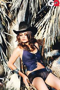Million Looks Mila Kunis Pictures And Biography Black