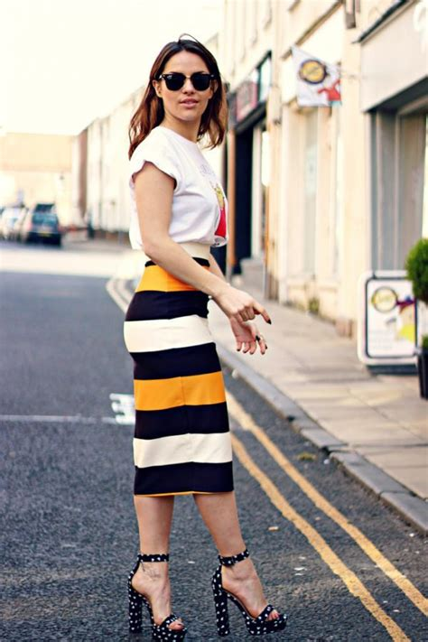 timeless pencil skirt outfits     modish