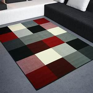 tapis salon design carres noir rouge blanc univ achat With tapis salon cdiscount