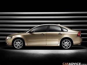 2008 Volvo S40  U0026 V50 Update