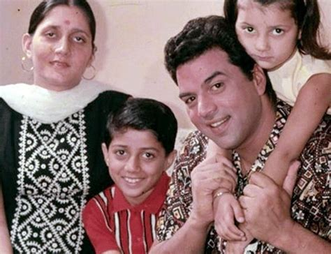 0007459629 the wife s tale a personal a sneak peek into dharmendra s personal family album