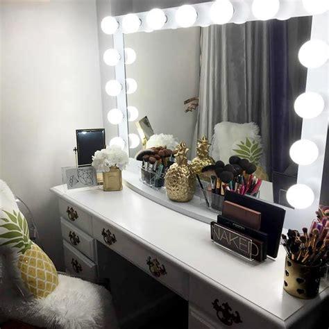 beauty  makeup vanity table  lights makeupjournalcom