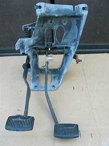 Ford F150 F250 F350 Manual Transmission Pedal Assembly Box