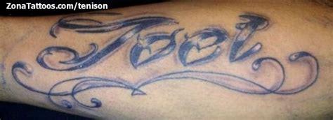 tatuaje de joel nombres letras