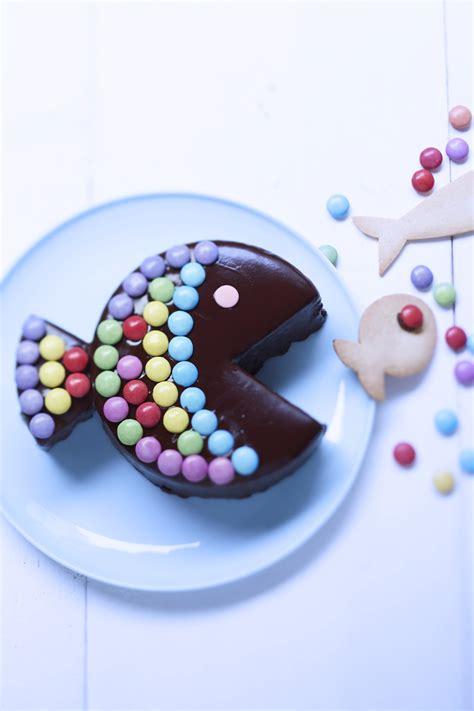 jeux de cuisine de gateau au chocolat gâteau poisson au chocolat et bonbons pour 8 personnes