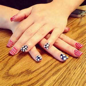 Easy cool fourth of july american flag nail designs