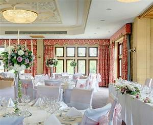 Idee Deco Salle De Mariage : decoration salle de mariage simple id es et d 39 inspiration sur le mariage ~ Teatrodelosmanantiales.com Idées de Décoration