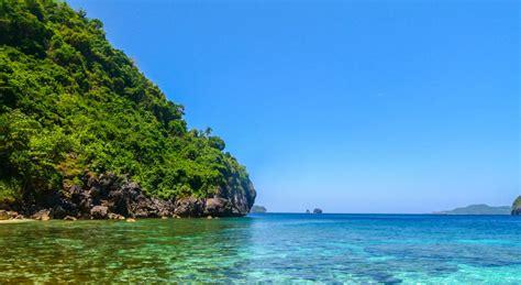El Nido, Philippines  Sunshine & Island Hopping