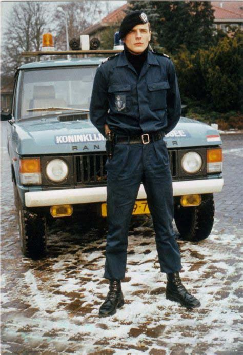 uniformen koninklijke marechausseee