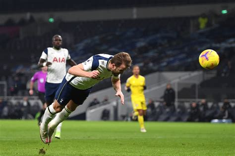 Tottenham 1-1 Fulham: Spurs can't find a way past ...