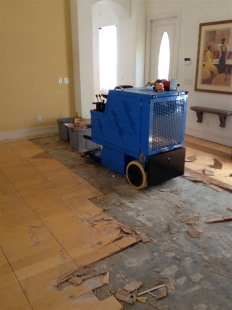 Tomcat 2700 Floor Scrubber by How To Remove Wood Floor Glue From Concrete Slab Carpet