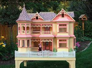 Victorian Barbie ® House Woodworking Plan - Forest Street