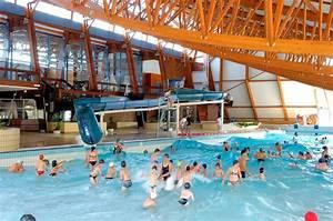 Piscine Saint Chamond : piscine bourges horaires photos centre nautique raymond ~ Carolinahurricanesstore.com Idées de Décoration