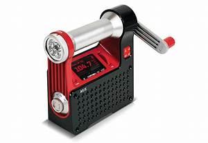 Hand Crank Radio   Sharper Image