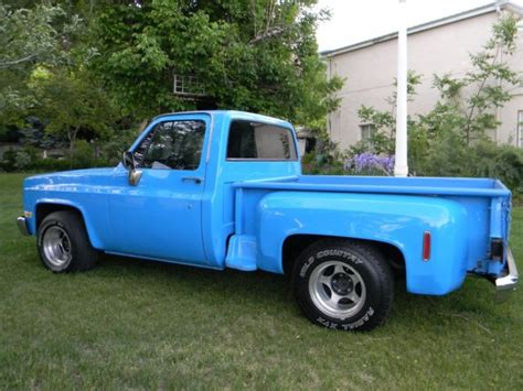 1982 Chevy C 10 Step Side 2 X 4 , Big Block 454, Auto