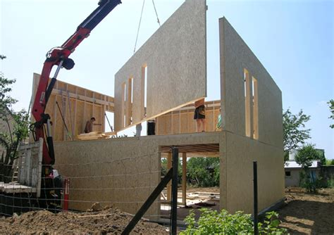 maison cubique en bois panneaux de bois pr 233 fabriqu 233 s magickub