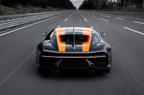 Production of the bugatti chiron super sport 300+ will be capped at 30 units with prices starting at €3.5 million. 【2021年の最高】 壁紙 道 - JABestkabegami