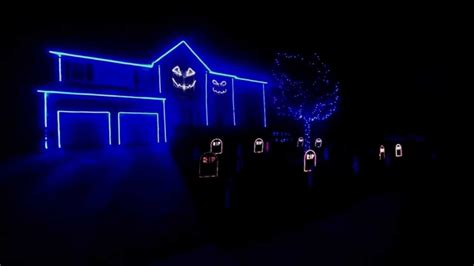 halloween light show   fox    fox