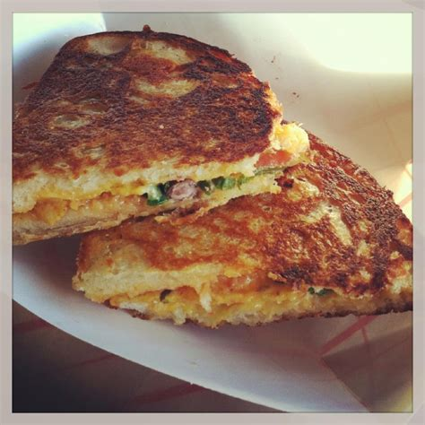 Trial Home C Est Cheese 16 Cincinnati Food Trucks You Really Gotta Try