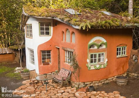 a beautiful cob house in oregon usa