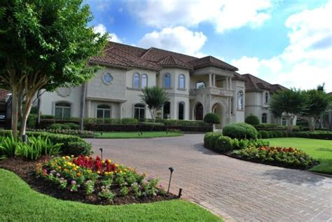 beautiful home  traditional landscape pictures