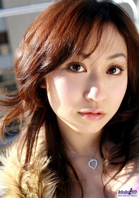 Momo Yoshizawa Japanese East Babes