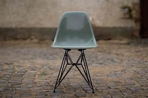 Vitra Eames Stuhl : stuhl charles eames v herman miller vitra dsr design ikonen ~ A.2002-acura-tl-radio.info Haus und Dekorationen