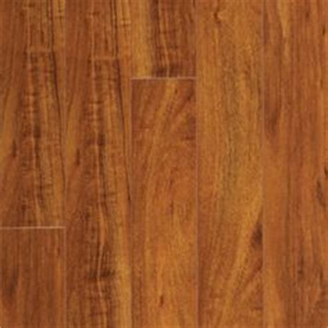 berkshire cherry pergo 1000 images about flooring on pinterest laminate flooring wood planks and lowes