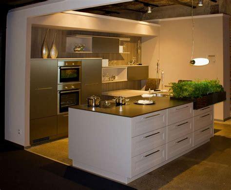 Küchen Mit Kochinsel Und Theke by K 252 Che Mit Kochinsel Und Theke Home Ideen