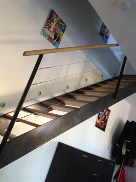 escalier int 233 rieur en acier brut verni et marche bois