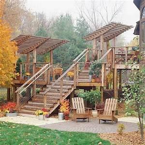 Bankirai Terrasse Bauen : mehrstufige holz terrasse mit pergola ideen f r outdoor ~ Lizthompson.info Haus und Dekorationen