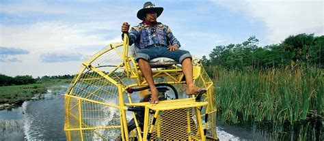 Everglades Propeller Boats by Airboat Tour Im Everglades National Park Canusa
