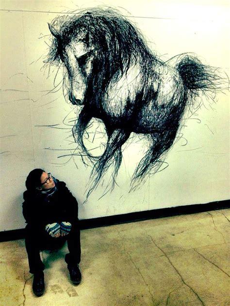 eye popping dark  dimensional life sized drawings