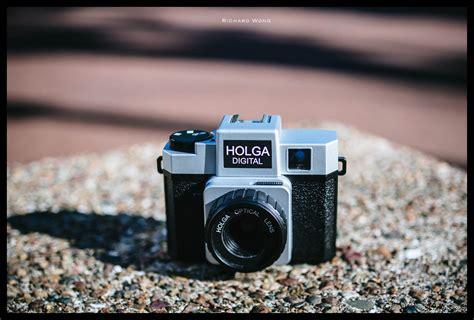 Holga Digital Review  Review By Richard