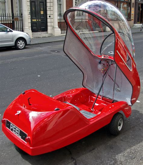 peel trident + P50: the world's smallest city car
