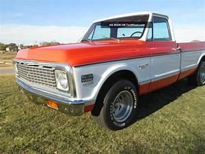 1972 Chevrolet Pickup Truck Custom    10 Deluxe