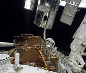 Hubble Space Telescope repair Archives - Cosmic Variance ...