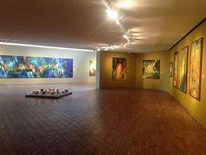 Exposición Jacanamijoy del Museo de Arte Moderno Bogota Picture of Museo de Arte Moderno de