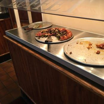 round table pizza folsom ca round table pizza order food online 27 photos 52