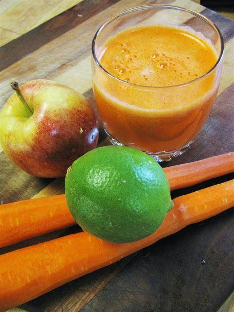 omega juicer juice drink