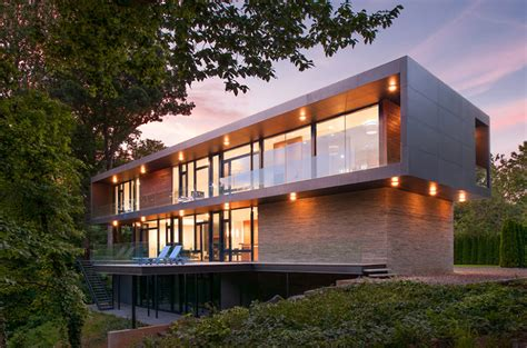 Modern Box House with Interior Glass Bridges