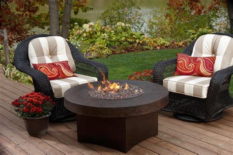 outdoor pit table and chairs pit design ideas