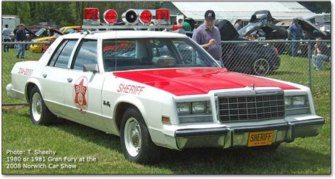 dodge st regis  plymouth gran fury police car