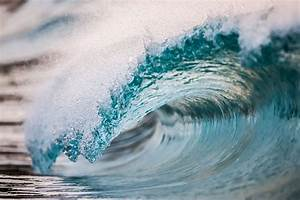 New Photographs of Crashing Ocean Waves Frozen in Time by ...  Wave