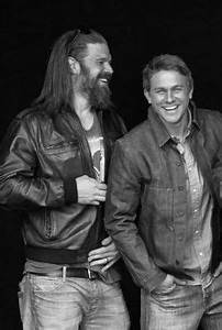 Two of the reasons why I watch SoA=]....love these two ...