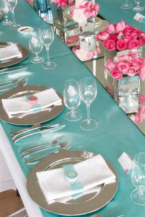tablescape in tiffany blue and raspberry pink at a